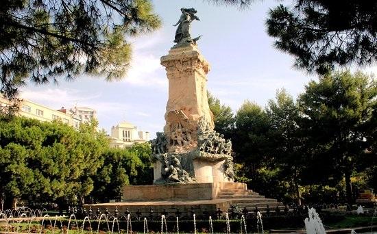 La Zona de Plaza de los Sitios, la mejor zona de Zaragoza para disfrutar con precaución y  responsabilidad